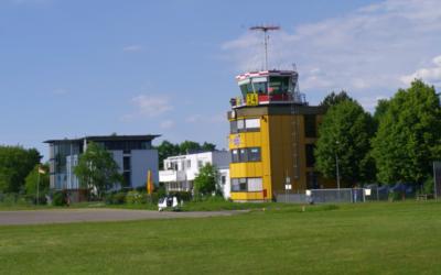 Diskussion um Flugplatzschließung/ Assistenzhundkampagne
